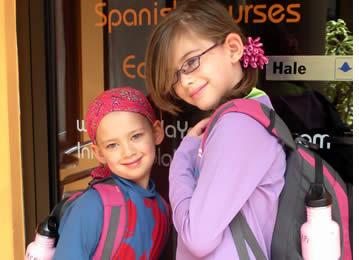 Gjennom vårt Junior spanskprogram tilbyr vi spanskundervisning til barn fra hele verden
