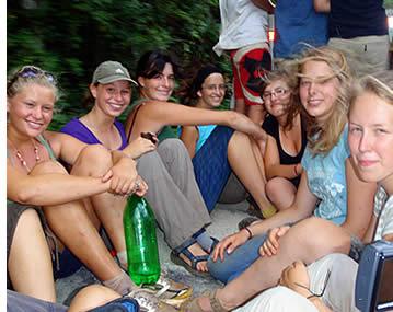 In onze cursussen Spaans voor tieners krijgen de leerlingen om vrienden te maken uit alle hoeken van de wereld